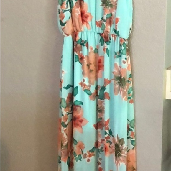 Lush Dresses & Skirts - LUSH Floral Maxi Dress XS